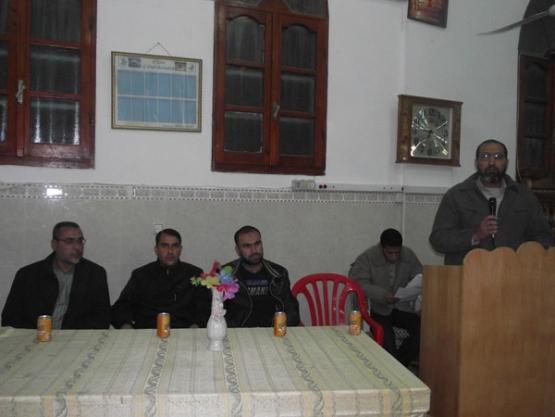 حماس تستضيف أسرى محررين بمساجد المحافظة الوسطى