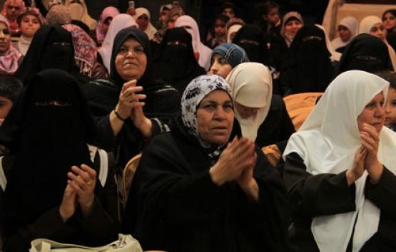 زفاف جماعي لـ (50) أسيرا محررا في مخيم الشاطئ بغزة