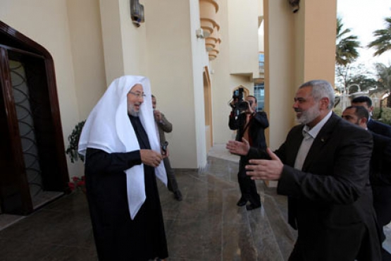 زيارة هنية والسنوار ومشتهى للشيخ القرضاوي