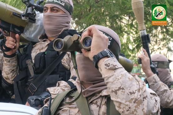 العرض العسكري في الذكرى الانطلاقة الـ29