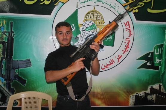 الشهيد القسامي/ أحمد محمد حسن عزام